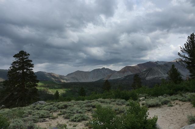 Hilton Lakes Trail
