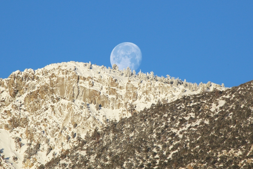 sierra-moonset2