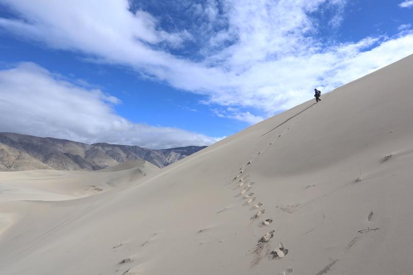 exploring-dunes2